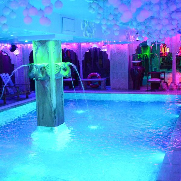 SunCity piscine sauna gay